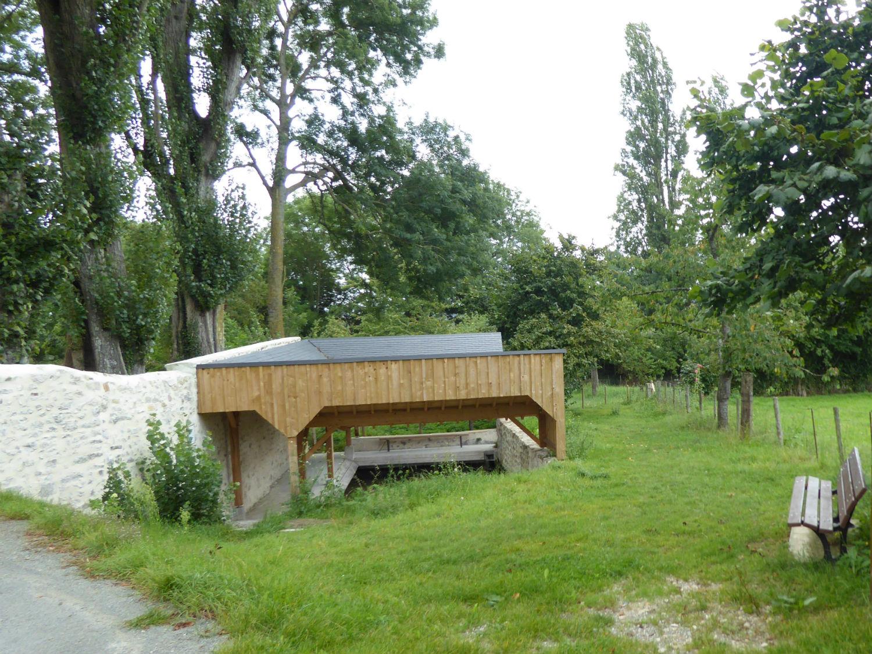 Restauration du lavoir de l'Escole Corbin à Sougé-le-Ganelon
